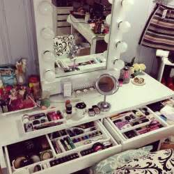 Makeup Vanities For Bedrooms by Bedroom Awesome Home Furniture Design For Girls Of White