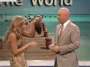 Host Of Wheel Of Fortune Wears A Wig YouTube