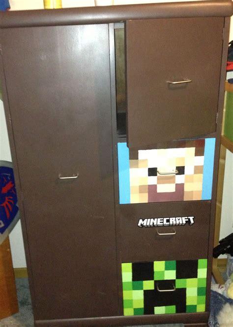 Minecraft Bedroom Drawers by Minecraft Dresser I Painted Kid Rooms Minecraft