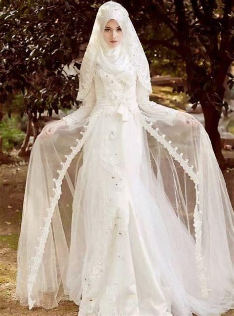 inspirasi gaun pengantin muslimah terbaru