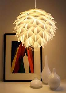 Origami Lampe Kaufen : 25 einzigartige lampe papier ideen auf pinterest diy origami lampe lampe papier origami diy ~ Markanthonyermac.com Haus und Dekorationen