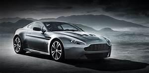 Aston Martin V12 Vanquish : aston martin v12 vantage automobili eleganza ~ Medecine-chirurgie-esthetiques.com Avis de Voitures