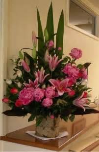 Large Church Flower Arrangements
