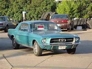 File:67 Ford Mustang.jpg - Wikimedia Commons