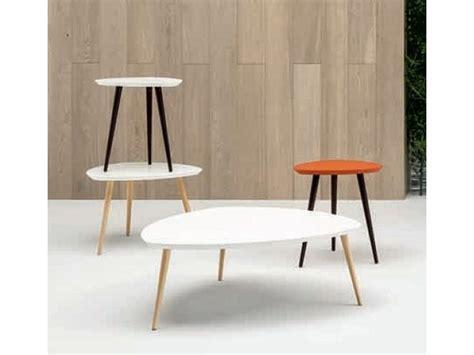 doimo tavoli tavolo sagomato in laccato forme doimo salotti in offerta