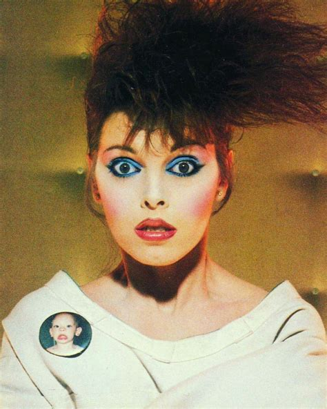 Pin by Alexa Vieth on Makeup | Pat benatar, Women in music ...