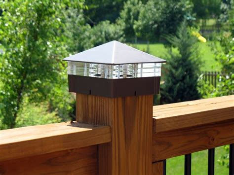 Solar Lights For Deck Posts by 25 Best Ideas About Deck Post Lights On Patio
