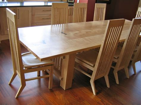 hand crafted maple dining table  david naso designs
