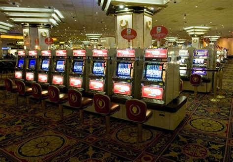 Atlantic City's Casino Closings Leave Thousands Of Workers