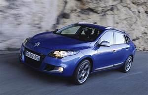 Renault Megane 3 Estate : renault megane gt 220 estate review caradvice ~ Gottalentnigeria.com Avis de Voitures