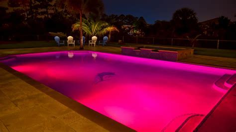 Color Lights for Swimming Pools   Poolside Designs