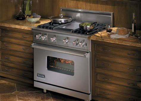 viking kitchen appliances a brief look at viking s vgcc5366bss 36 range the