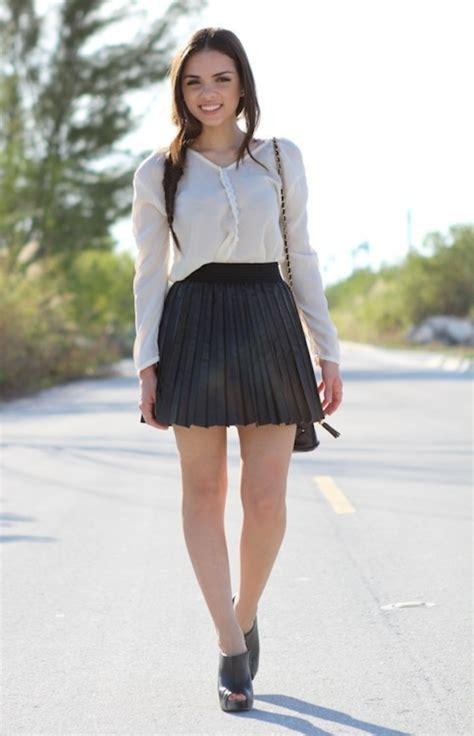 stunning pleated skirts   fashion divas