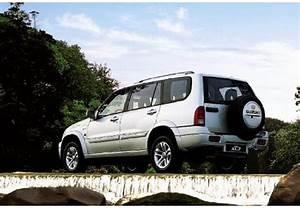 Suzuki Grand Vitara Avis : fiche technique suzuki grand vitara xl 7 2 0 16v td 2004 ~ Gottalentnigeria.com Avis de Voitures