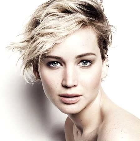 beautiful short celebrity hairstyles  undercut