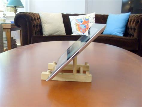 turn  cheap wooden plate holder   ipad stand ikea hackers