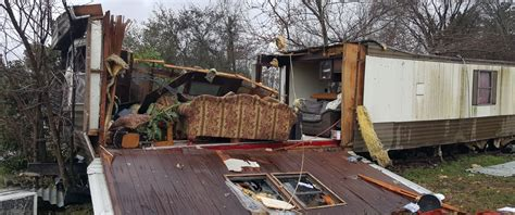 virginia weather severe officials due dead bad waverly say dispatch surry sussex play va