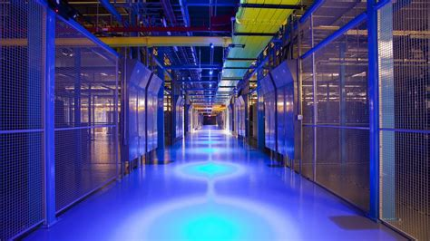 equinix snaps  edenvale land  data center growth