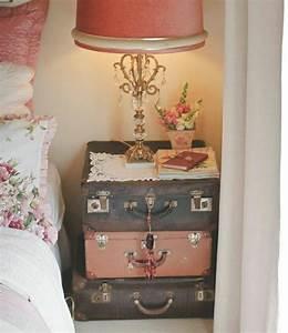60 idees avec la valise vintage With chambre bébé design avec valise fleurs de bach