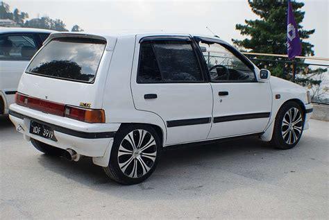 1989 Daihatsu Charade by 1989 Daihatsu Charade Photos Informations Articles