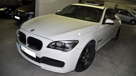 Bmw 7 Series F01 F02 Facelift With M Package.jpg