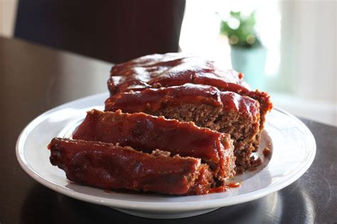 simple meatloaf recipe simple meatloaf recipe with optional topping recipe