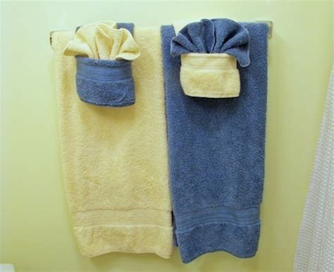 Keep Your Bathroom Looking Fancy By Folding Towels With
