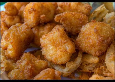 fried scallops new england lobster rolls roadfood