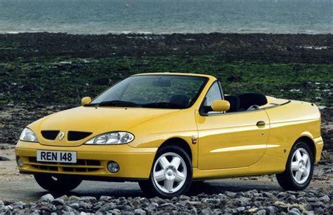 Renault Megane Coupe + Cabrio 1999 - Car Review