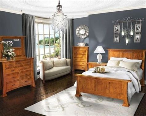 Bedroom Decorating Ideas With Pine Furniture by Best 25 Honey Oak Trim Ideas Only On Honey
