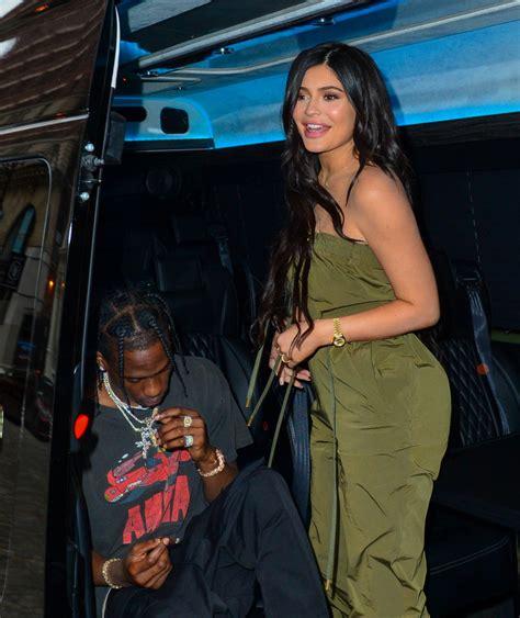 Breaking: Kylie Jenner And Travis Scott BROKE UP . . . Now ...