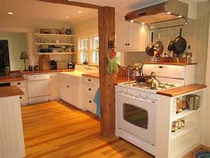 """Vermont """"Farmhouse"""" style kitchen - Farmhouse - Kitchen"""