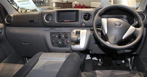 nissan urvan 2013 interior nissan caravan