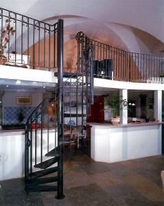 Décoration D Escalier Intérieur : photo dh2 spir 39 d co larm escalier m tallique h lico dal int rieur avec rampe l 39 ancienne ~ Nature-et-papiers.com Idées de Décoration