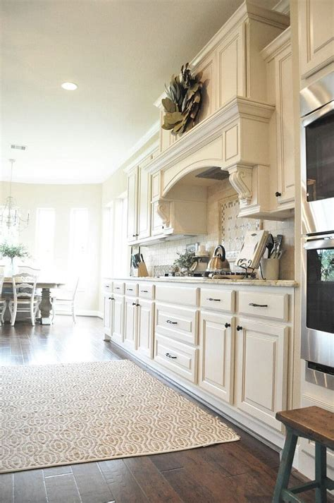 warm white kitchen paint color sherwin williams sw