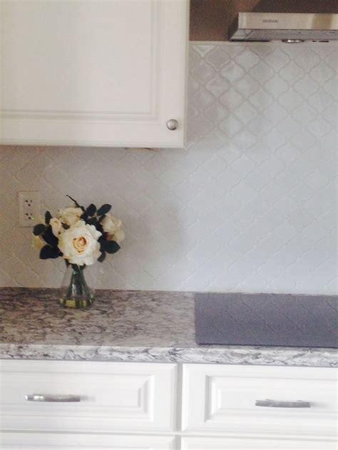 White arabesque lantern tile backsplash   Our new home