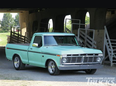 70s Ford Truck Wallpaper by 1 1976 Ford F 100 Hd Wallpapers Background Images