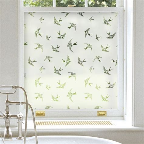 Bathroom Window Ideas For Privacy by 1000 Ideas About Bathroom Window Privacy On