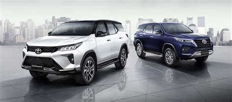 It is available in 7 variants and 8 colours. 2021 Toyota Fortuner Facelift Debuts With Two Distinct ...