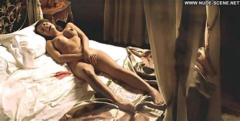 Stephanie leonidas nackt