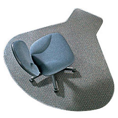 rubbermaid l workstation cleatmat chair mat 66 x 60 by