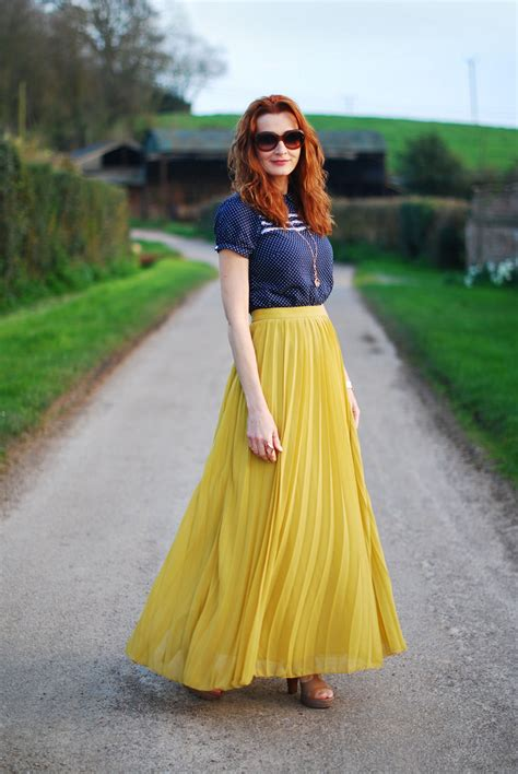 Ways To Wear A Pleated Maxi Skirt | With a Polka Dot Top u0026 Personalised V-Locket - Not Dressed ...