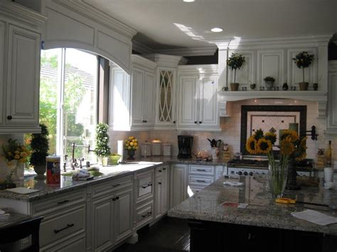 refaced kitchen cabinets kitchen paint colors which color is right for you 1800