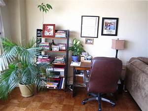Office area in living room for Office area in living room