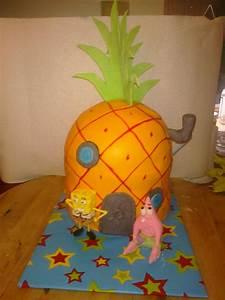 Awesome Cakes by Sarah: Spongebob Pineapple House Cake