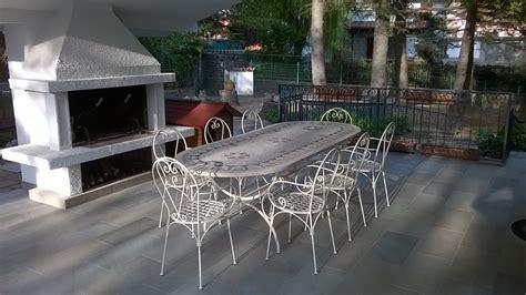 tavoli e sedie da terrazzo tavolo terrazzo mosaico