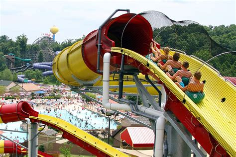best rides in usa best amusement parks in america for roller coaster and water rides