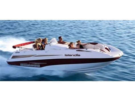 Sea Doo Boat With Kiddie Pool by 2006 Sea Doo Islandia Powerboat For Sale In Dakota