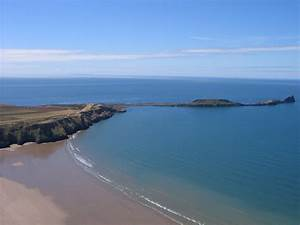 5 Best Beaches in Swansea - With Postcodes | Snappy Holidays