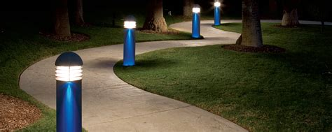 21 walkway lights that enhance your pathway s beauty